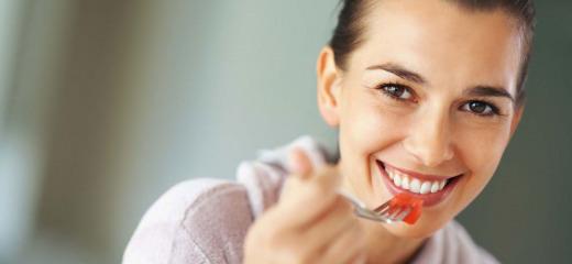 La Vitamina E aiuta a mantenere la pelle più giovane